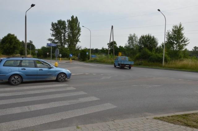 W miejscu skrzyżowania ulic 11 Listopada i Samsonowicza powstanie rondo turbinowe.