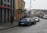 Nowe parkingi i opłaty w strefie płatnego postoju w Kielcach. Znikną też ulgi dla samochodów hybrydowych