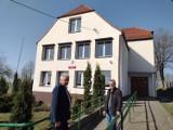 Szkoła w Przerytem została docieplona dzięki pieniądzom z funduszu sołeckiego i z budżetu gminy Cewice