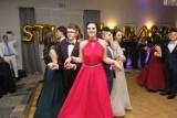 """Co ze studniówkami tegorocznych maturzystów? W Łodzi """"ostrożnie"""" podchodzą do ich organizacji"""