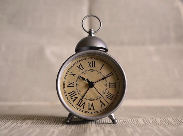 Najbliższa zmiana czasu z soboty na niedzielę, 28 na 29 marca nie będzie ostatnia. W nocy przesuniemy zegary z godz. 2 na 3. Kiedy koniec zmiany czasu?