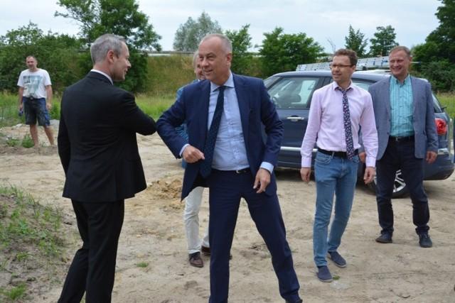 W Sulechowie przy ul. Czereśniowej została podpisana umowa o dofinansowanie kolejnego etapu budowy Lubuskiego Ośrodka Wsparcia Osób z Autyzmem.