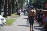 Tak wyglądał upalny weekend w Ciechocinku! Mimo wysokiej temperatury na ulicach nie brakuje turystów i kuracjuszy [zdjęcia]