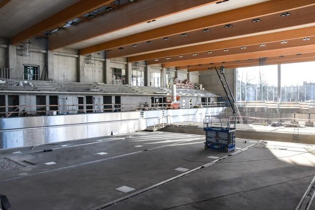 Nowa Astoria będzie specjalistycznym obiektem pływackim położonym w sercu Bydgoszczy w bezpośrednim sąsiedztwie Brdy. Wokół budynku powstaje imponująca infrastruktura, a także funkcjonalna przystań kajakowa z warsztatem napraw szkutniczych.  Centrum Rekreacji Astoria ma pełnić funkcję sportowo-rekreacyjną. Basen zostanie wyposażony w zatapialny pomost, który podzieli go na dwie mniejsze części. W jednej z nich znajdzie się ruchome dno, które pozwoli na zmianę głębokości (od 0 do 210 cm) w dwóch strefach. Maksymalna głębokość basenu będzie wynosić 6 m (na odcinku 12 m), co umożliwi nurkom oraz ratownikom medycznym na odbywanie treningów.  W obiekcie będą funkcjonować ponadto: hala rozgrzewkowa, siłownia, szatnie, sale odnowy biologicznej, hangary na kajaki sportowe i rekreacyjne, magazyny na sprzęt.  Zobacz, jak wygląda obecnie nowa Astoria od środka >>>