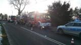 Pożar domu w Wiśniowej. Ogień próbowali gasić domownicy. Podtruli się dymem