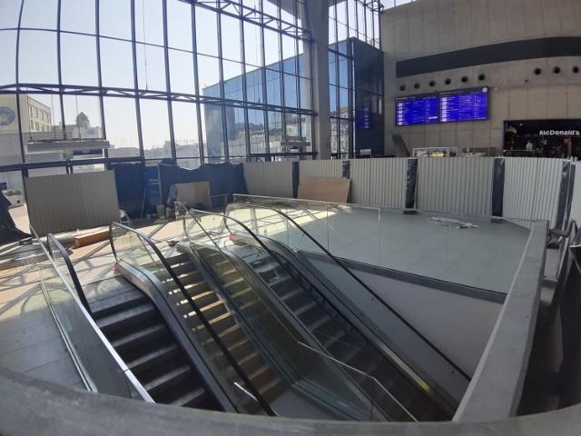Na dworcu w Katowicach są już nowe ruchome schody