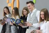 Najlepsi uczniowie nagrodzeni przez lublinieckiego starostę