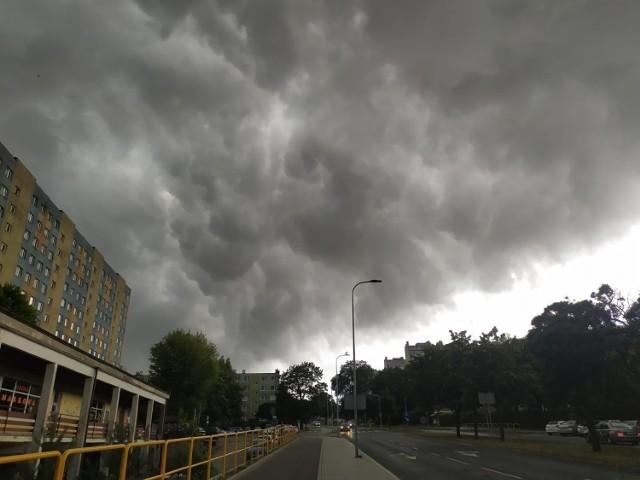 Burza nad Słupskiem i regionem. Mamy zdjęcia Internautów