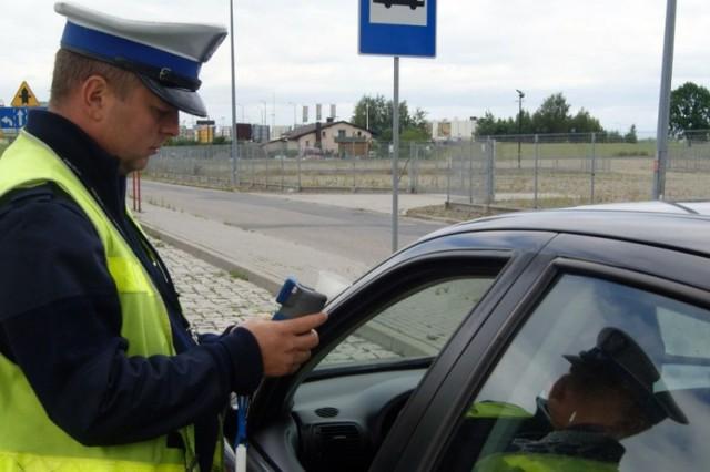 Pijany kierowca w Żorach: 23-latek z Jasienicy jechał po pijaku i miał sądowy zakaz