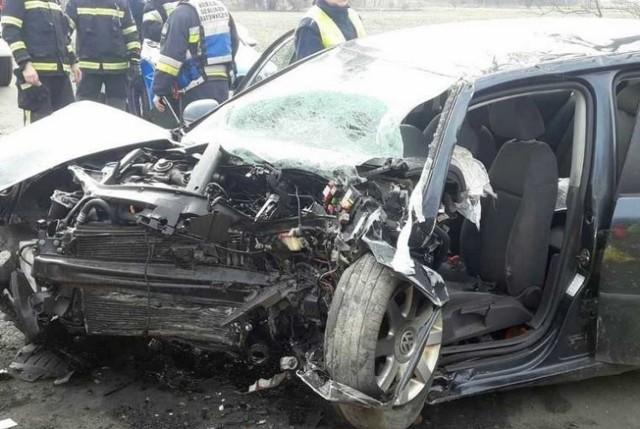 Śmiertelny wypadek na trasie Różyna - Wronów w gminie Lewin Brzeski.