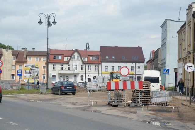 Na sępoleńskim rynku zainstalowane są trzy kamery. Obraz z monitoringu będzie udostępniany w Internecie na żywo