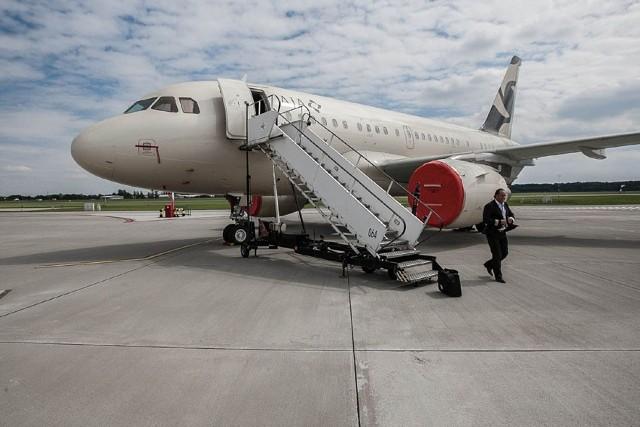 Airbus A318 CJ Elite z zewnątrz nie różni się od setek innych samolotów tej marki. Zabiera na pokład maksymalnie 19 pasażerów. Luksus widać dopiero w środku.