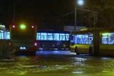 Tragedia na pętli MPK przy ul. Mickiewicza we Wrocławiu. Ofiara została potrącona przez dwa autobusy?