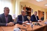 Adam Kośmider po przegranej: to były wybory na zasadzie ,,byle nie PiS''