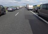 Wypadek na autostradzie A4 w Gliwicach. Zderzyły się trzy ciężarówki. Ruch całkowicie zablokowany