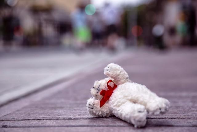 Do tragedii doszło w poniedziałek (6 listopada) rano w Czersku. Zmarł 2-letni Filip. Przyczynę i okoliczności śmierci ma wyjaśnić sekcja zwłok.