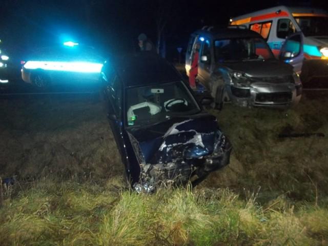 Wypadek w Czeluścinie. Dwie osoby trafiły do szpitala