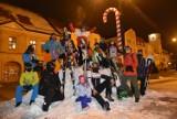 Rybnik: Do Focusa poszli na narty, potem na rynku zjeżdżali na snowboardzie. Zobaczcie ZDJĘCIA