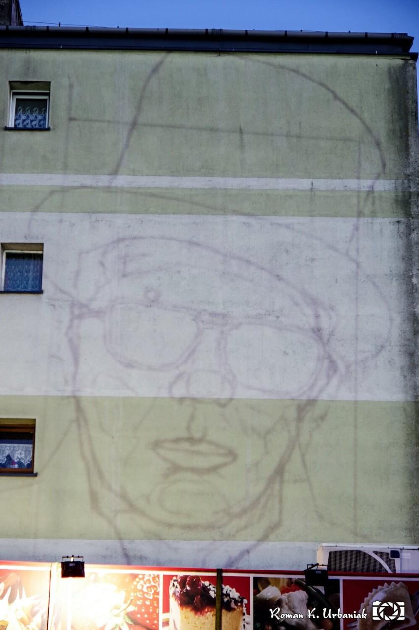 Rozpoczęły się prace związane z malowaniem muralu z wizerunkiem Mariana Bogusza