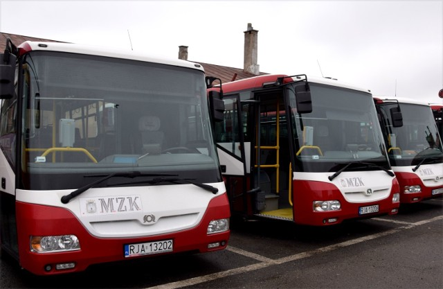 MZK Jarosław ma teraz 13 autobusów. 11 marki SOR oraz 2 marki MAN.