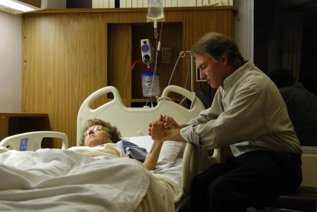 W Polsce chorzy na raka mają małą szansę na leczenie najnowszymi specyfikami.