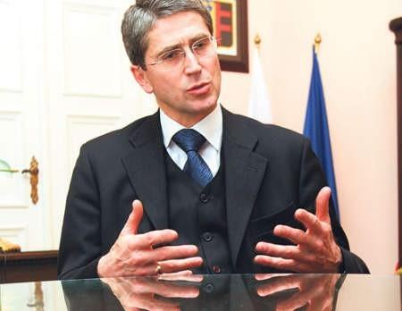 Zdaniem kamieniczników prezydent Marek Kopel niesłusznie umorzył lokatorom długi. Fot. Marzena Bugała