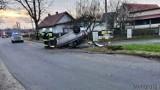 Wypadek w Kotorzu Wielkim. Dachowała toyota, ranny kierowca