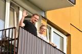 Koncert balkonowy dla mieszkańców osiedla Unitów Podlaskich. Zobacz wideo i zdjęcia