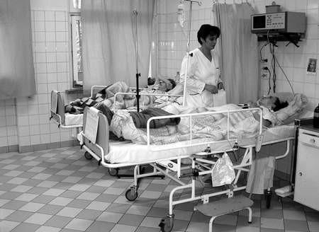 Pałac w Grojcu służyć ma ludziom przewlekle chorym.  /  TADEUSZ JACHNICKI