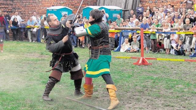 Pojedynki rycerzy co roku cieszą się ogromnym zainteresowaniem publiczności