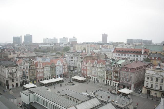 Poznań z ratuszowej wierzy [PANORAMA]