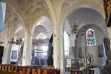 Ratują sklepienia w kościele św. Jana Chrzciciela. Dwie kopuły wyglądają już pięknie