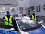 Policjanci ze Szczecinka eskortowali nieprzytomną do szpitala [zdjęcia]
