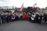 Powitanie pomnika Jana III Sobieskiego w Częstochowie [ZDJĘCIA] Pod Jasną Górą monument pozostanie do początku 2020 roku