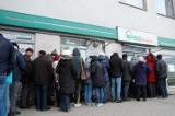 Klienci Podkarpackiego Banku Spółdzielczego w Sanoku nadal nie odzyskali utraconych pieniędzy. Pokrzywdzonych jest wielu