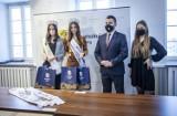 Łomża. Wróciły z konkursu Miss Polski z czterema nowymi tytułami