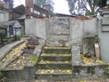 Grobowiec Młynarskich na Rogatce zdemontowany