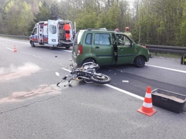 Motocyklista wpadł pod samochód na Obwodnicy Trójmiasta. 9.05.2020 r.
