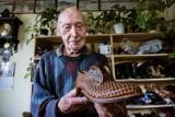 Historia 91-letniego szewca z Torunia poruszyła całą Polskę. Przez lata stworzył i naprawił setki tysięcy butów