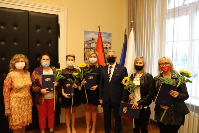 Nauczyciele z Brzegu zostali wyróżnieni.