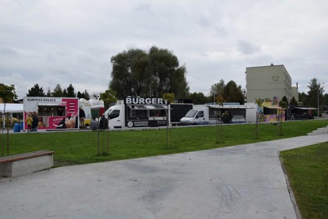 Smacznie i bezpiecznie w Łazach - weekendowy zlot food trucków.