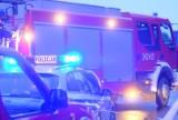 Wypadek na A4 w Katowicach. Samochód dachował i wpadł do rowu
