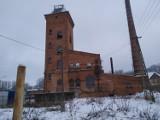 Eksploracja folwarku i gorzelni w Kochcicach. Tak jest tam zimą
