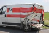 Wypadek konwoju ze znaczną ilością pieniędzy z samochodem dostawczym. 2 osoby poszkodowane [ZDJĘCIA + FILM]
