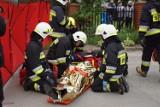 Płomienie, dym, ranny strażak. Ochotnicy z gminy Drużbice przećwiczyli akcję w trudnych warunkach