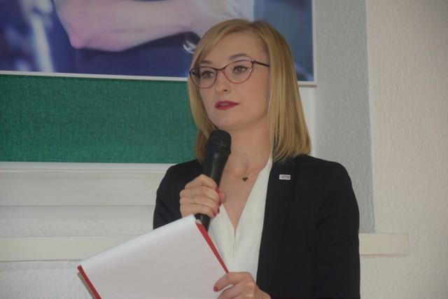 Karolina Pieniążek. Zdjęcie zostało wykonane podczas obchodów 100-lecia Państwowej Inspekcji Sanitarnej i 65-lecia PSSE w Chodzieży