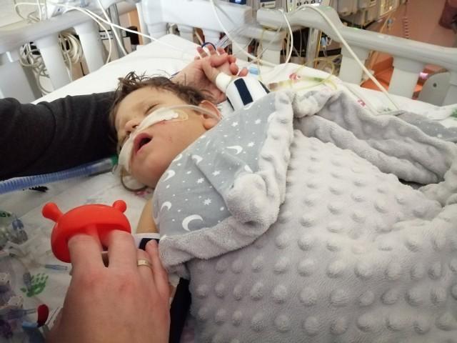 Stan Marcelka po operacji jest coraz lepszy. Również jego tata, Tomasz dochodzi do siebie