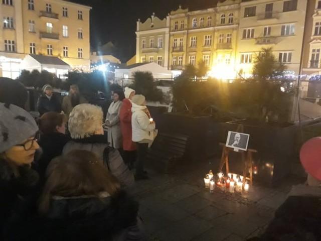 Kaliszanie oddali hołd prezydentowi Gdańska Pawłowi Adamowiczowi
