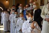 Fara Śrem. Młodzi parafianie przystąpili do pierwszej Komunii Świętej