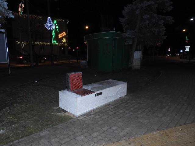 Ławka Niepodległości w Bielsku Podlaskim